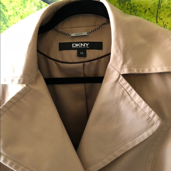 DKNY Jackets & Blazers - DKNY trench in a size M. Khaki, brown bottoms.
